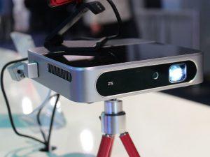 Pico projecteur mini ZTE